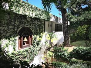 Casa En Ventaen Caracas, Alto Hatillo, Venezuela, VE RAH: 21-11858