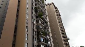 Apartamento En Ventaen Caracas, El Cigarral, Venezuela, VE RAH: 21-11865