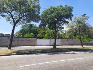 Terreno En Ventaen Valencia, Centro, Venezuela, VE RAH: 22-8176