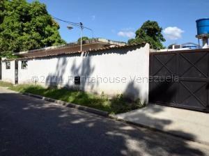 Casa En Ventaen Municipio San Diego, Pueblo De San Diego, Venezuela, VE RAH: 21-12020