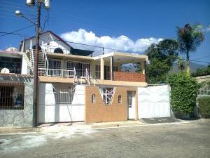 Casa En Ventaen Municipio Diego Ibarra, Mariara, Venezuela, VE RAH: 21-11868