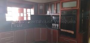 Apartamento En Ventaen Maracaibo, El Varillal, Venezuela, VE RAH: 21-12682