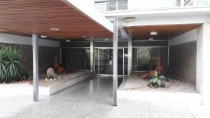 Apartamento En Ventaen Caracas, Los Palos Grandes, Venezuela, VE RAH: 21-11894