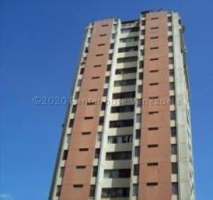 Apartamento En Ventaen Caracas, El Paraiso, Venezuela, VE RAH: 21-11908