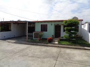 Casa En Ventaen Cabudare, La Teura, Venezuela, VE RAH: 21-11910