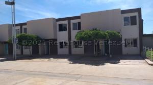 Townhouse En Ventaen Municipio San Francisco, Betulio González, Venezuela, VE RAH: 21-11950