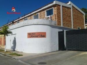 Townhouse En Ventaen La Victoria, Morichal, Venezuela, VE RAH: 21-11963