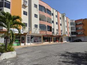Apartamento En Ventaen Maracay, Las Cayenas, Venezuela, VE RAH: 21-12017