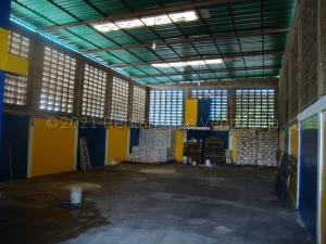 Galpon - Deposito En Ventaen Maracaibo, Los Haticos, Venezuela, VE RAH: 21-12058