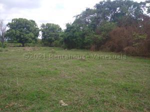 Terreno En Ventaen Cabudare, El Placer, Venezuela, VE RAH: 21-17389