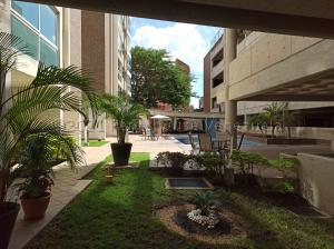 Apartamento En Ventaen Maracay, Base Aragua, Venezuela, VE RAH: 21-12949