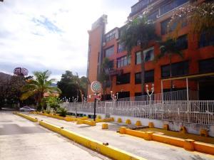 Consultorio Medico  En Ventaen Maracay, Las Delicias, Venezuela, VE RAH: 21-12037