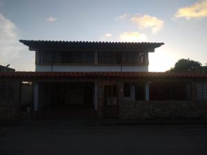 Casa En Ventaen Margarita, Porlamar, Venezuela, VE RAH: 21-12040