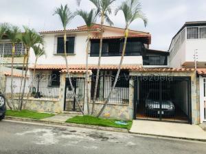 Casa En Ventaen Caracas, Macaracuay, Venezuela, VE RAH: 21-12128