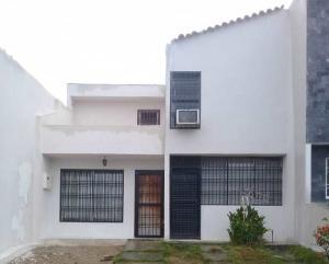 Casa En Ventaen Barquisimeto, La Rosaleda, Venezuela, VE RAH: 21-12069