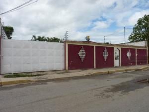 Casa En Ventaen Santa Cruz De Aragua, Barrio Andres Eloy Blanco, Venezuela, VE RAH: 21-12073