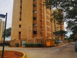 Apartamento En Ventaen Maracaibo, Avenida El Milagro, Venezuela, VE RAH: 21-12155