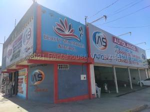 Galpon - Deposito En Ventaen Barquisimeto, Parroquia Concepcion, Venezuela, VE RAH: 21-12370