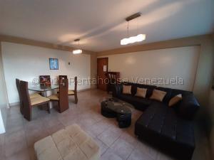 Apartamento En Ventaen Maracaibo, Avenida Goajira, Venezuela, VE RAH: 21-12096
