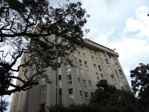 Apartamento En Ventaen Caracas, Los Palos Grandes, Venezuela, VE RAH: 21-12106
