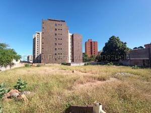 Terreno En Ventaen Maracaibo, Santa Maria, Venezuela, VE RAH: 21-12153