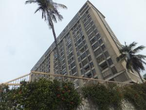 Apartamento En Ventaen La Guaira, Macuto, Venezuela, VE RAH: 21-12170
