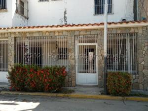 Casa En Ventaen Palo Negro, Los Tulipanes, Venezuela, VE RAH: 21-14738