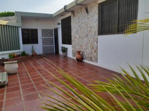 Casa En Ventaen Maracaibo, Las Lomas, Venezuela, VE RAH: 21-12184