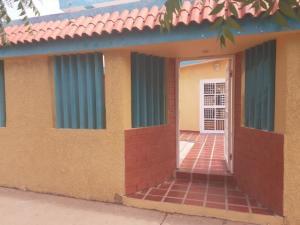 Casa En Ventaen Maracaibo, Circunvalacion Dos, Venezuela, VE RAH: 21-12191