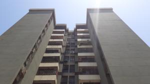Apartamento En Ventaen Maracaibo, Veritas, Venezuela, VE RAH: 21-12204