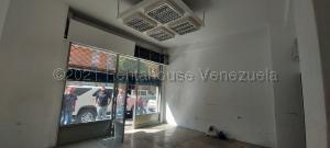 Local Comercial En Alquileren Caracas, Chacao, Venezuela, VE RAH: 21-12233
