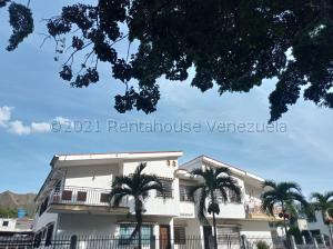Casa En Alquileren Valencia, Trigal Norte, Venezuela, VE RAH: 21-12226