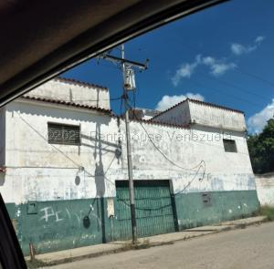 Casa En Ventaen Santa Teresa, La Raiza, Venezuela, VE RAH: 21-13163