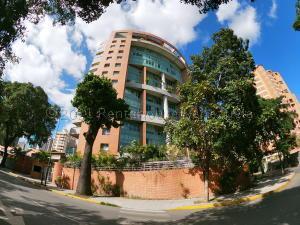 Apartamento En Ventaen Caracas, El Rosal, Venezuela, VE RAH: 21-12238