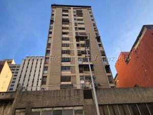 Apartamento En Ventaen Caracas, Parroquia La Candelaria, Venezuela, VE RAH: 21-12247