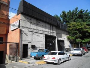 Galpon - Deposito En Ventaen Caracas, Los Dos Caminos, Venezuela, VE RAH: 21-12266