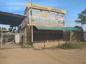 Galpon - Deposito En Alquileren Ciudad Ojeda, Tia Juana, Venezuela, VE RAH: 21-12183