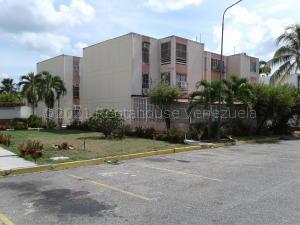 Apartamento En Ventaen Barquisimeto, Rio Lama, Venezuela, VE RAH: 21-12298