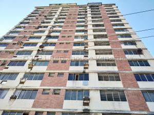 Apartamento En Ventaen Valencia, Centro, Venezuela, VE RAH: 21-12322