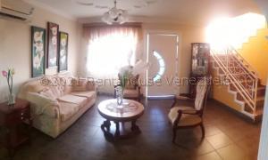 Casa En Ventaen Coro, Centro, Venezuela, VE RAH: 21-12324