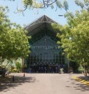 Local Comercial En Ventaen Municipio San Diego, La Esmeralda, Venezuela, VE RAH: 21-12304