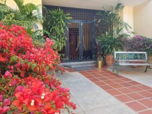 Casa En Ventaen Maracaibo, La Estrella, Venezuela, VE RAH: 21-12323