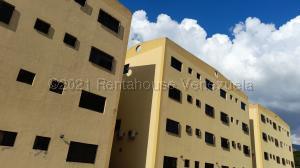Apartamento En Ventaen Municipio Naguanagua, Barbula, Venezuela, VE RAH: 21-12349