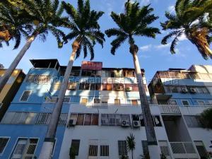 Apartamento En Ventaen Cabudare, Almarriera, Venezuela, VE RAH: 21-12350