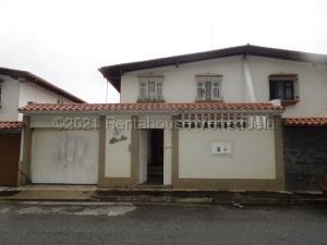 Casa En Ventaen Caracas, Alto Prado, Venezuela, VE RAH: 21-12389