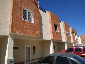 Townhouse En Ventaen Municipio Naguanagua, Manantial, Venezuela, VE RAH: 21-12392