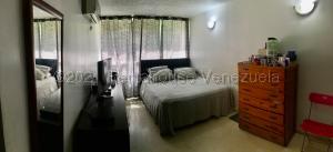 Apartamento En Ventaen Caracas, El Encantado, Venezuela, VE RAH: 21-12409