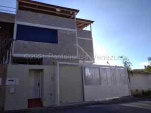 Casa En Ventaen Caracas, Colinas De Santa Monica, Venezuela, VE RAH: 21-12643
