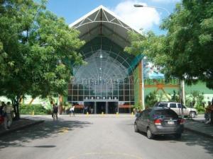 Local Comercial En Alquileren Municipio San Diego, La Esmeralda, Venezuela, VE RAH: 21-12495
