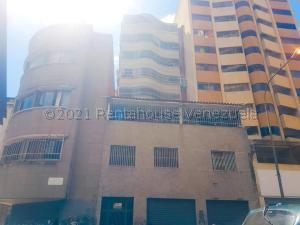 Apartamento En Ventaen Caracas, Parroquia La Candelaria, Venezuela, VE RAH: 21-12815